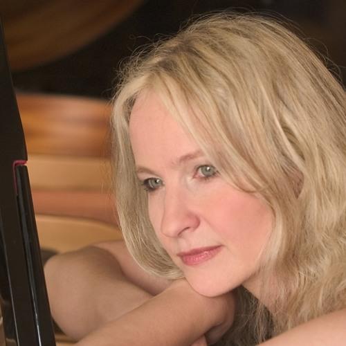 Adrienne Hauser's avatar