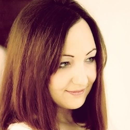Vivienne Pettitt VO's avatar
