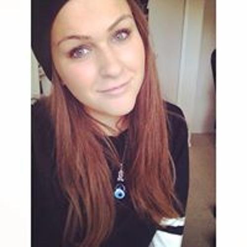 Liz Macrae's avatar