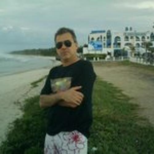Seb Kastro's avatar