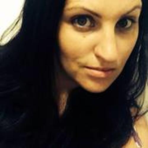 Renee Kealy's avatar