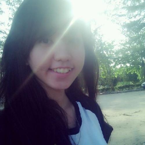 Natalia Winata's avatar