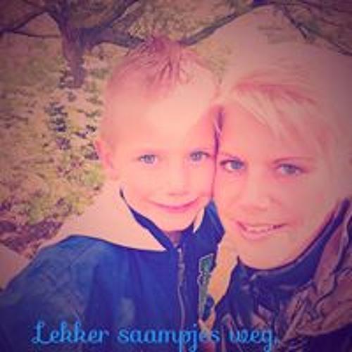 Ramona Jesterhoudt's avatar