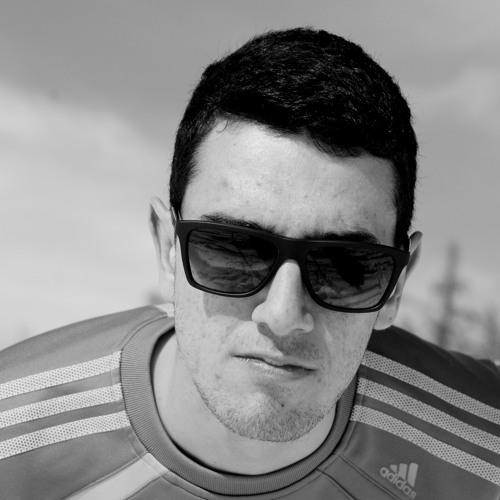 Romain mnml's avatar