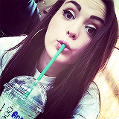 Maay Lovato's avatar