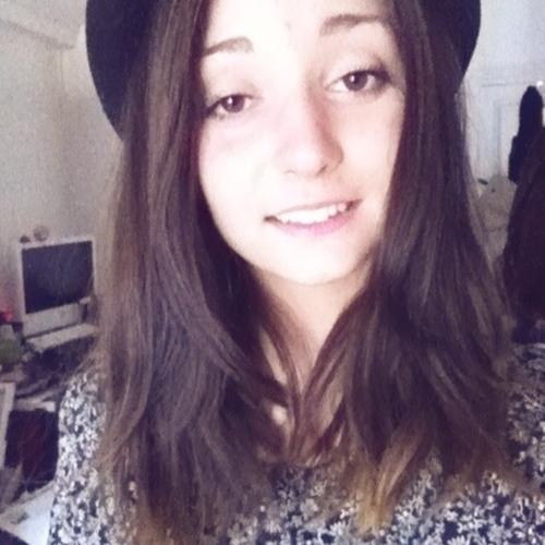 Cléo Montoya's avatar