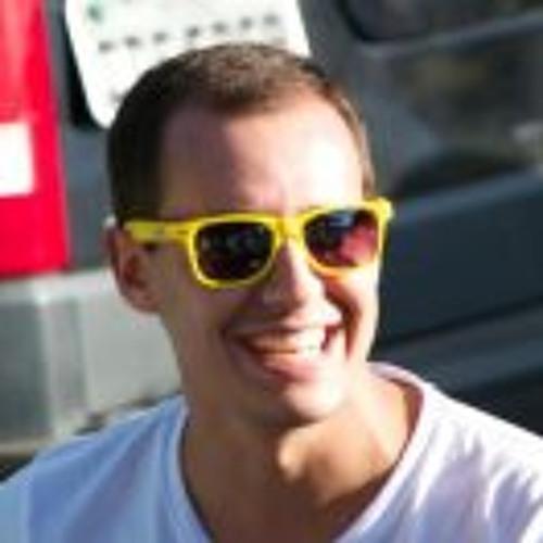 Rodrigo Das Neves Martins's avatar