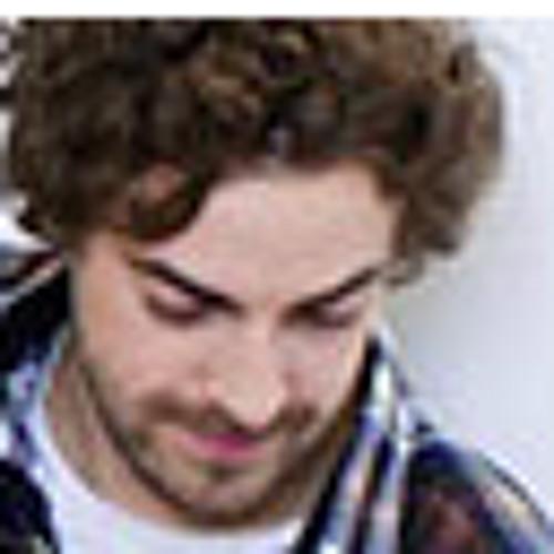 baz lo's avatar
