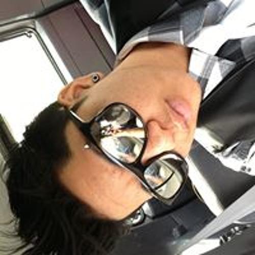 Anela Loo's avatar