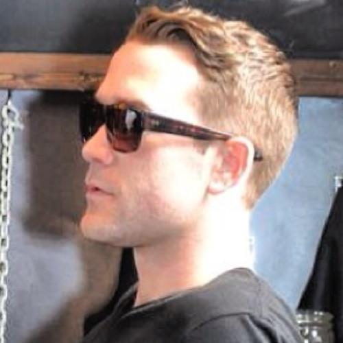 EricjustR's avatar