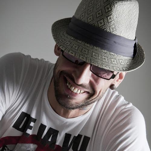 brett coupe 1's avatar