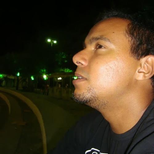 Rennê Cruz 2's avatar