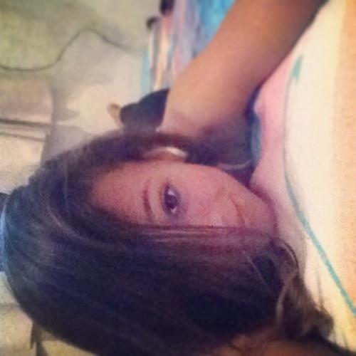 Bia Santos ⚓️'s avatar