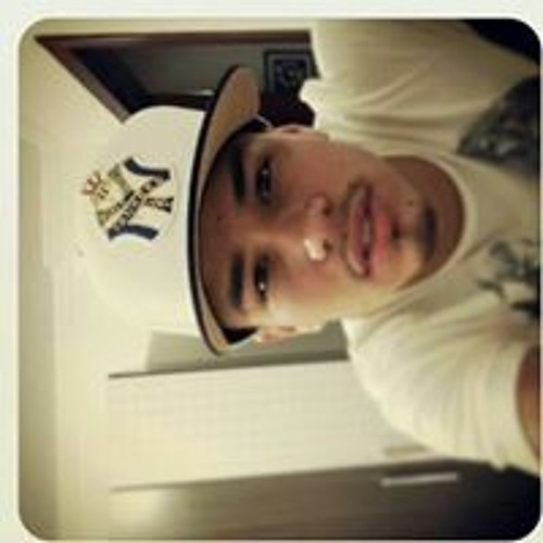 Michael Marques 15's avatar