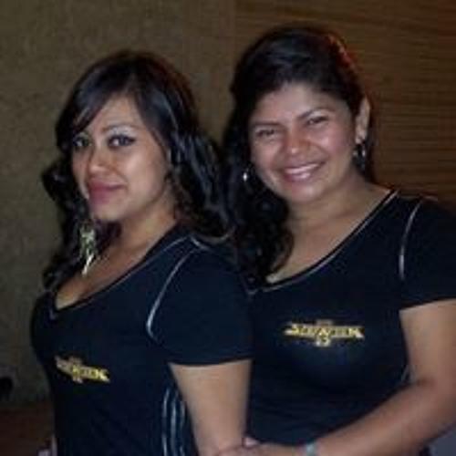 Patricia Alvarenga 9's avatar