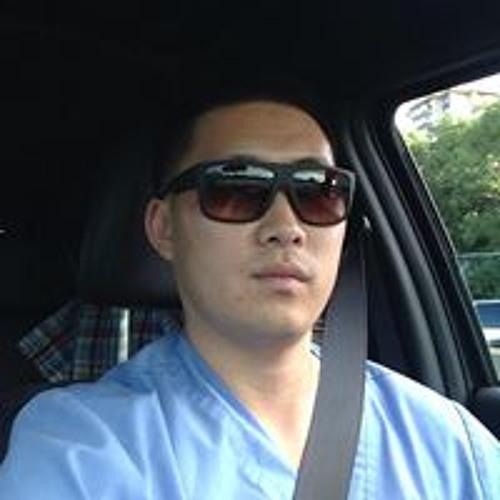Andrew Hwang 10's avatar