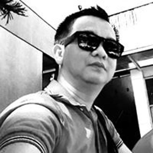 Jonathan Omagbon's avatar