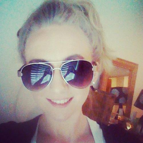 Emma-Lea Turner's avatar