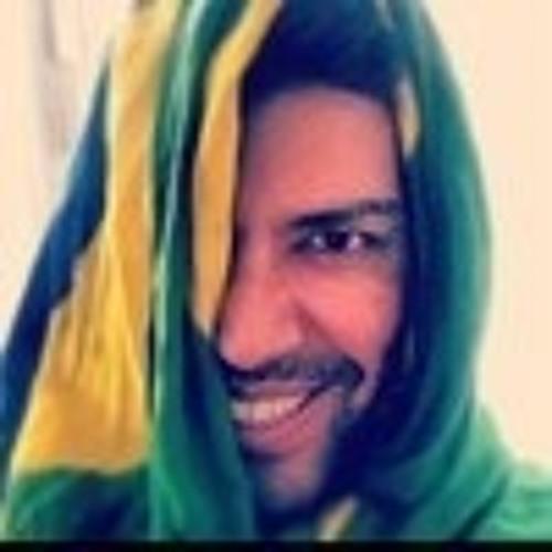 Alex Vital's avatar