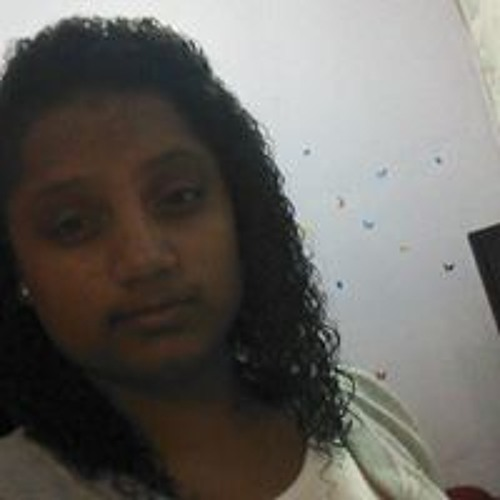 Taina Paula 1's avatar