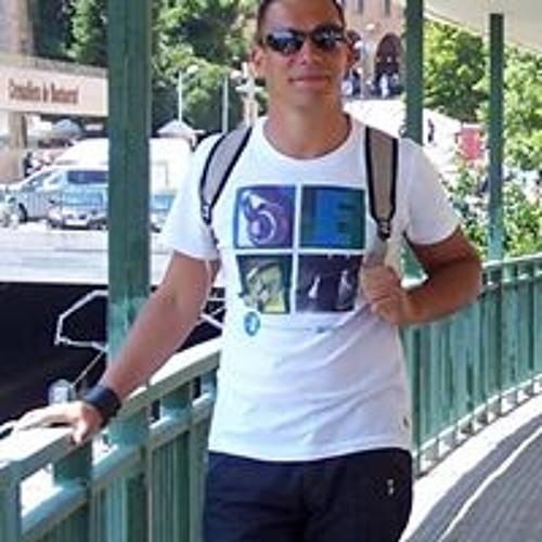 Marcel Müller 102's avatar
