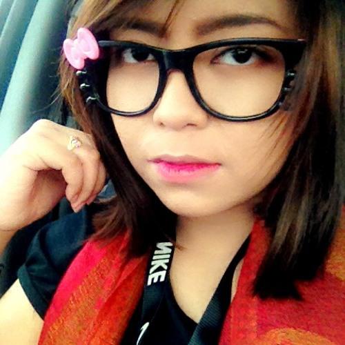 Meera Alexandra's avatar