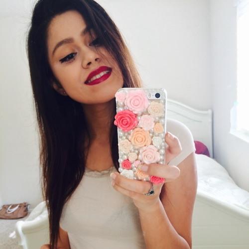 _LilyRamos_'s avatar
