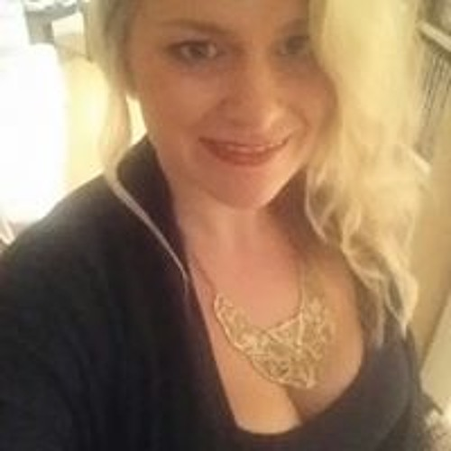 Betsy Tolmer's avatar
