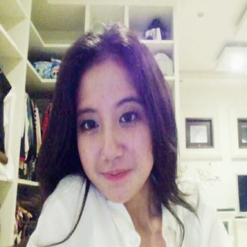 Regita Putri Yuliani's avatar