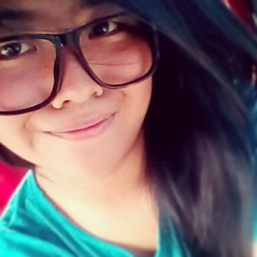 Nadine ^_^v's avatar