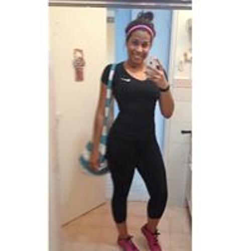 Yarie Castillo Quiñones's avatar