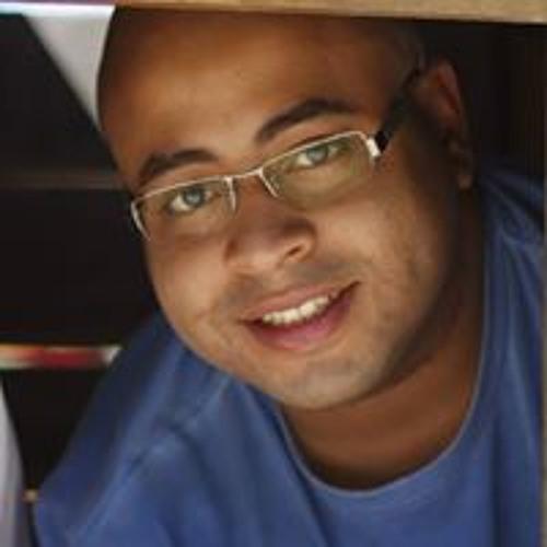 Misael Silva's avatar