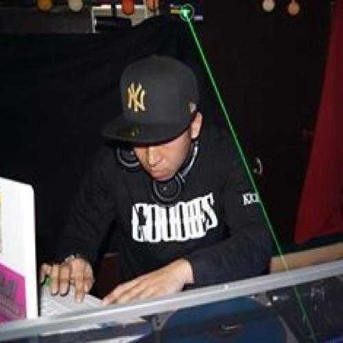 DJ kick 0946's avatar