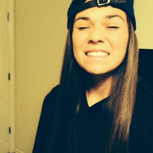 Caitlin Moore 06's avatar