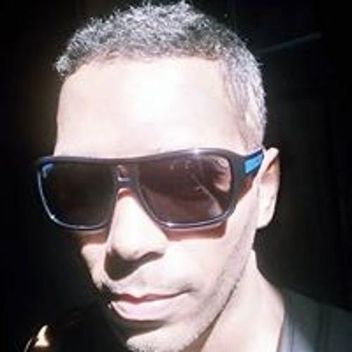 Zanato Freitas's avatar