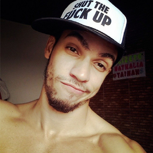 Leonardo Lyo)))'s avatar