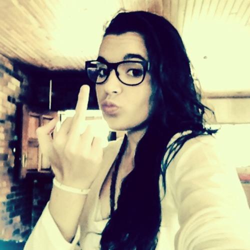 Claudia Fernandes 5's avatar