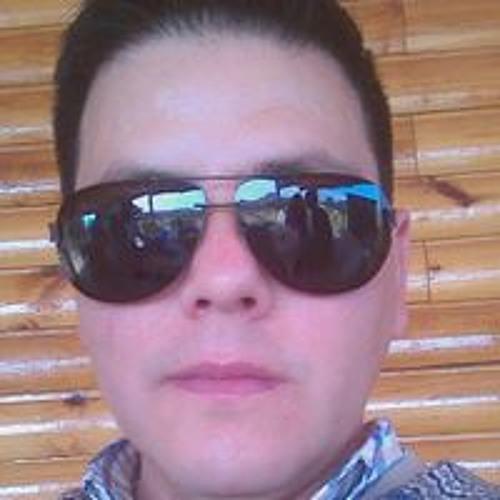 Rafael Guzman Saunders's avatar