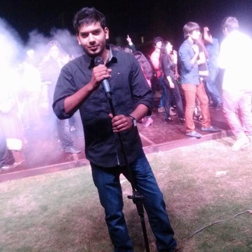 Irsum Khan's avatar