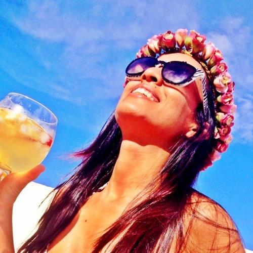 Carine Santana 1's avatar