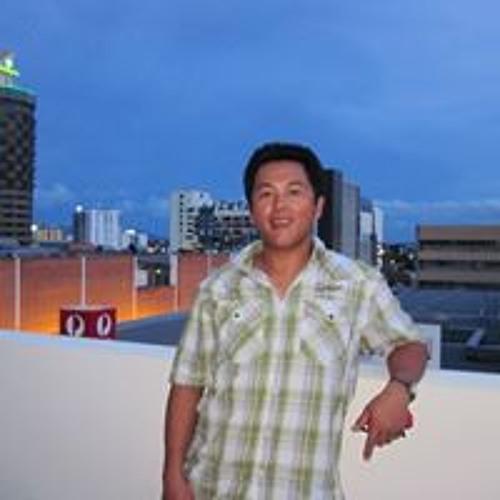 Robert Zaw Sai's avatar