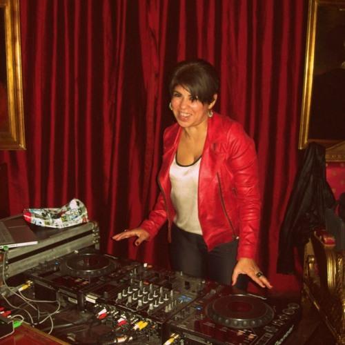 Karina Valeria Peralta's avatar