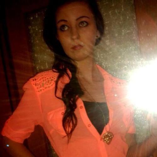 nadiiinee's avatar