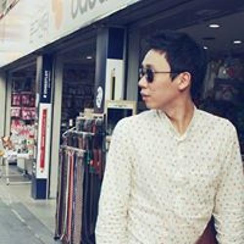 Seong-Min Baek's avatar