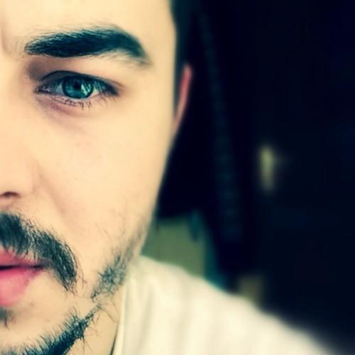 Hikmet Çkmz's avatar