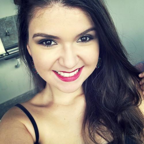 Erika Bitencourt's avatar