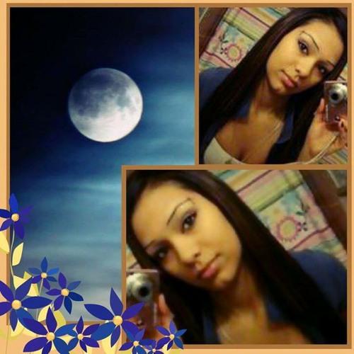 *LUNA BELLA*'s avatar