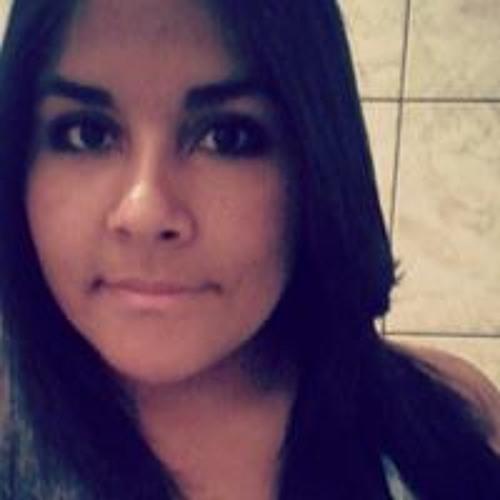 Flávia Santos 50's avatar