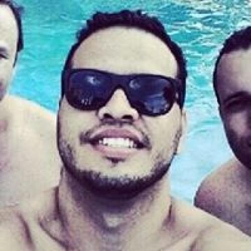 Eduardo Tavares 28's avatar
