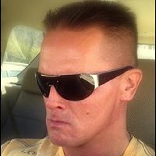 Marek B Kalmus's avatar